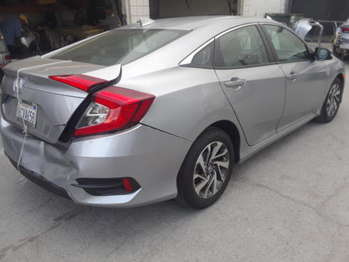 2017 HONDA CIVIC (2)